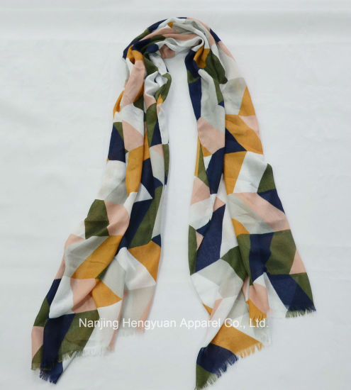 High Quality Fresh Color Lady Scarf (HY042486) pictures & photos