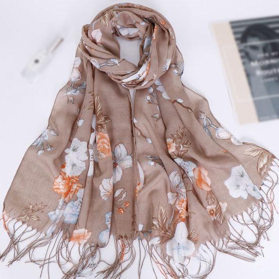 Hijabs New Arrival Print Cotton Hijab Scarf Shawl with Tassels Fashion Scarfs