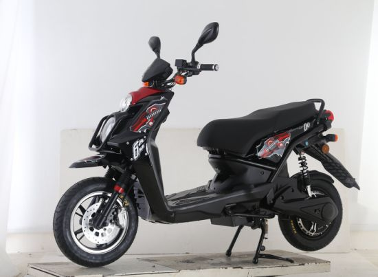 1500W Powerful E-Motorcycle with EEC Certificate pictures & photos