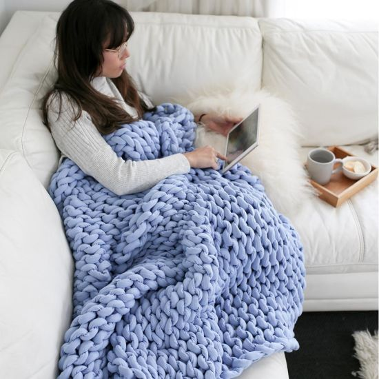 Wholesale Home Bedroom Handmade Bedspreads Warm Winter Chunky Sofa Cover Super Thick Polyester Wool Knitted Throw Blanket