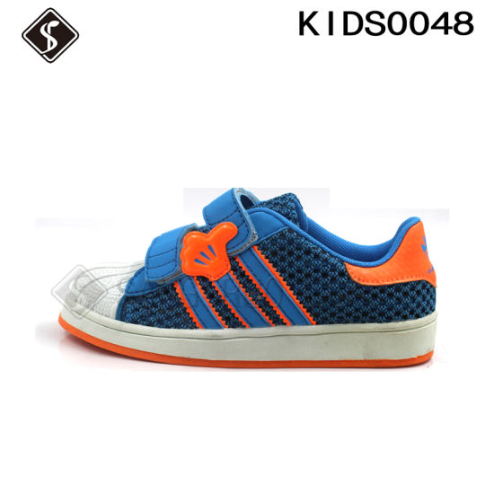 Kids Sneaker Sports Running Shoes pictures & photos