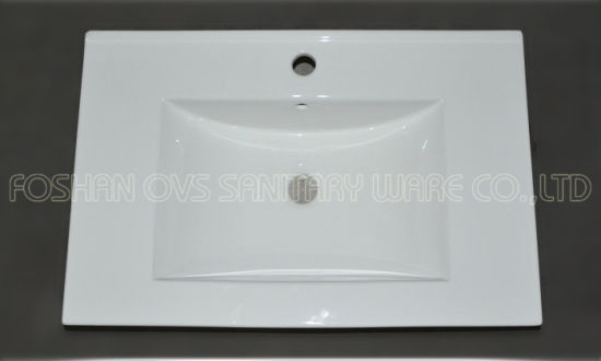 Made in China Bathroom Ceramic Cabinet Basin pictures & photos