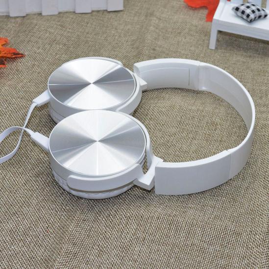 Factory Wholesale Cheap on Ear Headphones Earphone & AMP