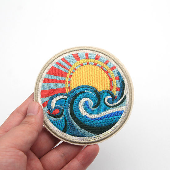 Japan Harajuku Patch Spray Waves Sunlight Embroidery Sew on Patches for  Clothes - China Embroidery Patch and Embroidered Patches price |  Made-in-China.com