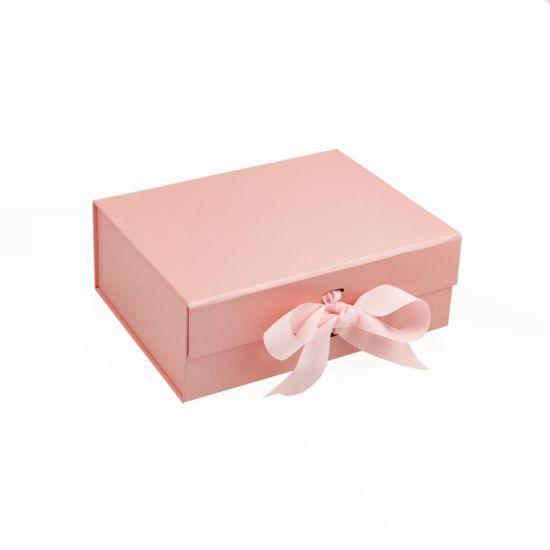 1 Custom Cardboard Rigid Pink White Luxury Christmas Bridesmaid Paper Magnetic Gift Box Packaging Packing Perfume/Jewelry/Candle/Chocolate/Tea/Shoe/Wine/Rose