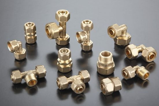 Pex Pipe Fittings Coupling Brass pictures & photos