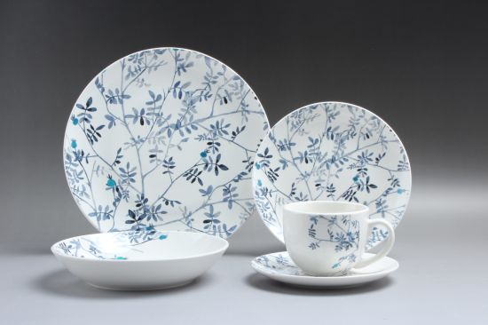 China Tableware Germany White Luxury Porcelain Dinner Sets for Plate and  Bowl - China Christmas Porcelain Dinnerware Set and Vaisselle En Porcelaine  price
