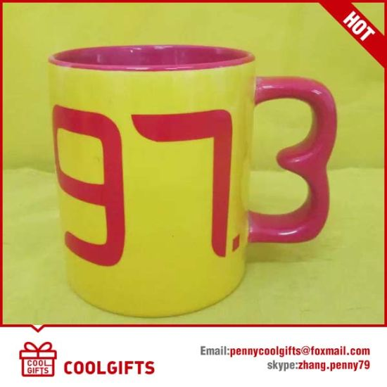 Wholesale Cheap Ceramic Mug with Customized Logo for Christmas Gift