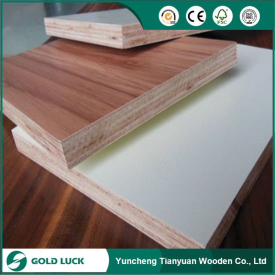18mm Melamine Plywood with off White and White Color pictures & photos