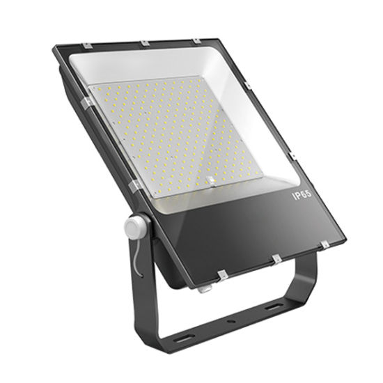 150W Outdoor Spotlight Flood Lighting IP66 LED Flood Fixture pictures & photos
