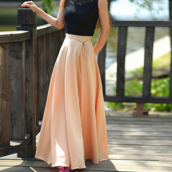 Bohemia Style Slim Waist Full Skirt with Ribbon pictures & photos