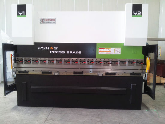 CNC Hydraulic Press Brake (3+1 axes or more) pictures & photos