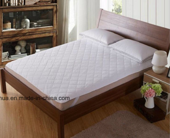 Hot Sale Hotel Use Mattress-Protector /450g 2000*2200mm pictures & photos