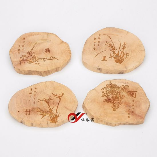 4 PCS/ Set Camphor Wood Jewelry Display with Customized Followers