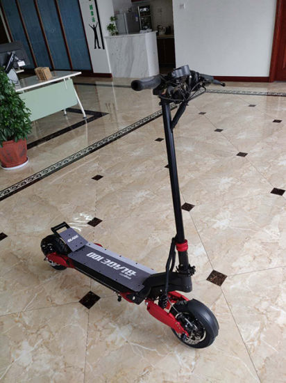 Ce Standard Blade 10 1500W/2000W Bushless Motor Folding Electric Scooter pictures & photos