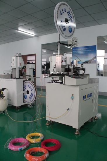 Full Automatic Crimping and Tinning Machine (4-wire mode) pictures & photos
