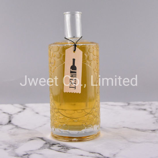Luxury Design Texture Embossed Flat Shoulder Glass Bottle for Brandy