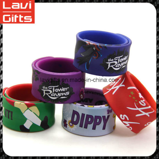 Interesting Custom Silicone Slap Rubber Bracelet with Logo pictures & photos