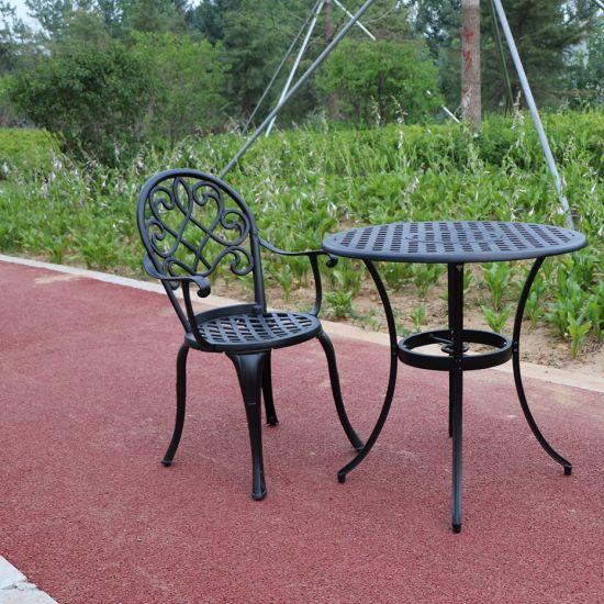 China 2 Seat Cast Aluminium Outdoor Garden Bistro Furniture Set