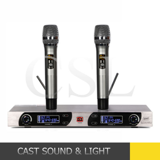 OEM ODM Professional Lavalier/ Handheld Wireless UHF Karaoke Microphone pictures & photos