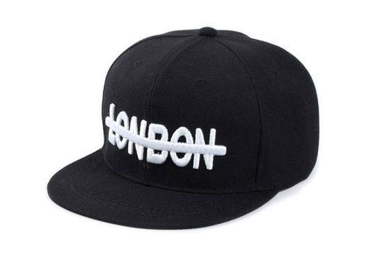 Custom Snapback with Embroidery Logo pictures & photos