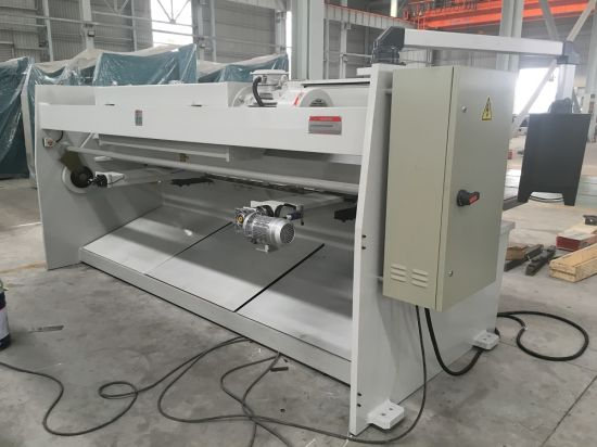 Singles Plate Hydraulic CNC Cutting Machine (QC11Y-6X4000) pictures & photos