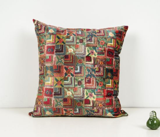 Folk-Custom Simulation Effect Pillow Fabric pictures & photos