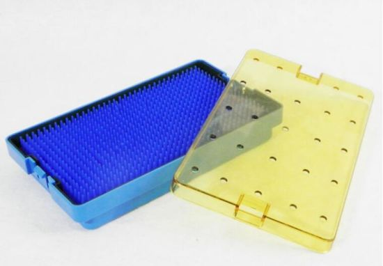 Surgical Instrument Plastic Sterilization Tray with Base, Lid and Mat (P501B) pictures & photos