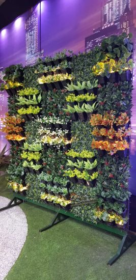High Quality Artificial Plants and Flowers of Vertical Garden Gu-Mx2091447 pictures & photos