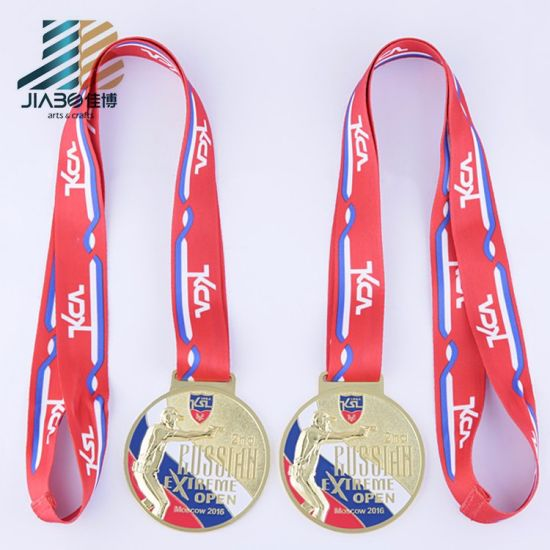school badges gold custom award item in round medallion sports medals
