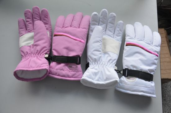 Ski Glove for Boys&Gilrs pictures & photos