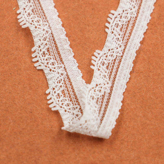 Small Fashion Knitted White Stretch Lace Neck Trim pictures & photos