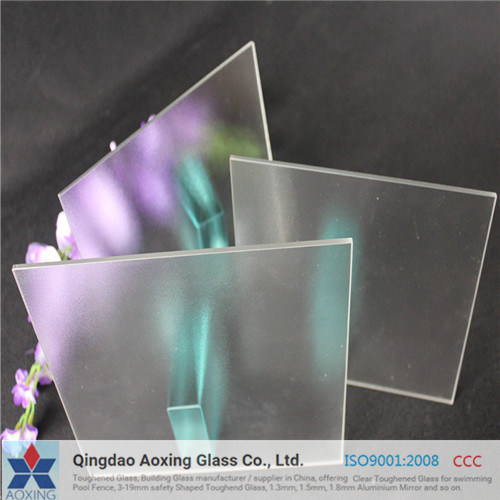 Ultra/Super Clear Glass for Solar Panel with Good Quality pictures & photos
