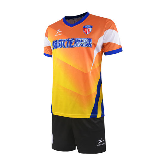 Healong Sublimated Printing Custom Uniform Soccer Kit Wholesale Soccer Uniforms pictures & photos