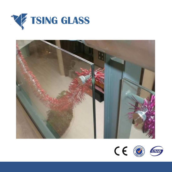 Tempered Laminated Glass with Clear/Colored PVB Film / Metal Mesh pictures & photos