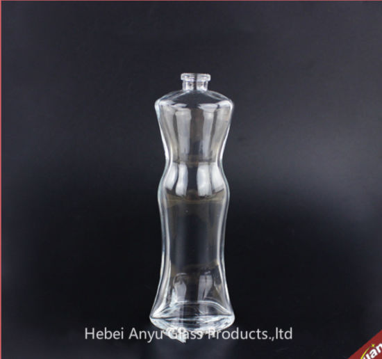 Girl′s Body Shaped Cool Ornate Perfume Bottles Glass Perfume Bottle pictures & photos
