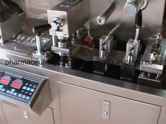 Dpp-88 Mini Blister Packing Machine pictures & photos