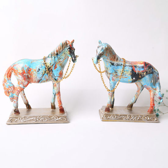 Wholesale Beautiful Resin Craft Ornaments Statue Polyresin Hores for Home Decor
