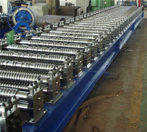 Glazed Tile Sheet Roll Forming Machine pictures & photos