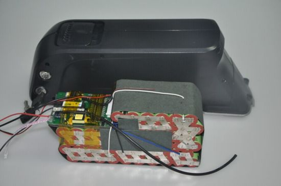 48V 11.6ah Lithium Battery Pack with 5V USB Port pictures & photos
