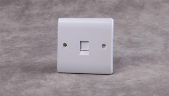V438 UK Telephone Socket