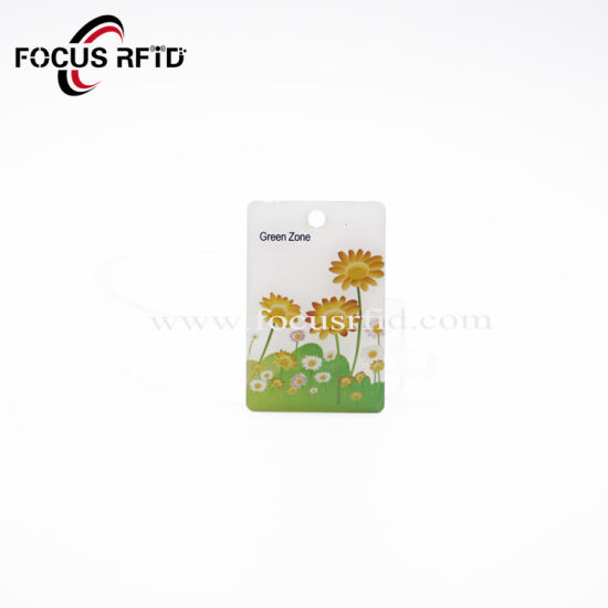 Custom 13.56MHz NFC Key Card RFID Epoxy Tag Cards Keychain with Barcode pictures & photos