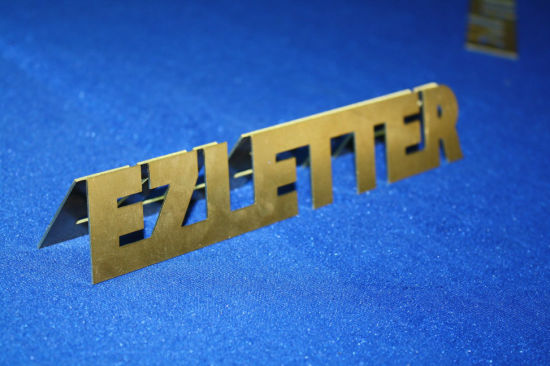 Ezletter Ce Approved Dual Ball Screw Driving Fiber Laser Metal Cutting Machine (EZLETTER GL1530) pictures & photos