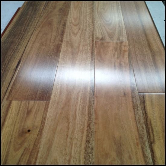 Natural Spotted Gum Solid Hardwood Flooring pictures & photos