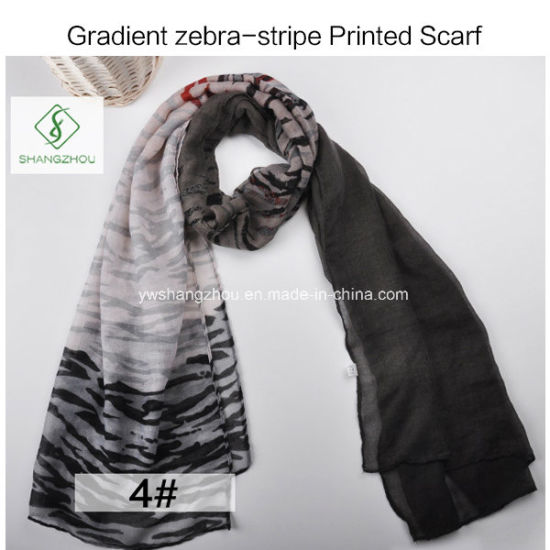 2017 New Gradient Zebra-Stripe Printed Viscose Shawl Fashion Lady Scarf pictures & photos