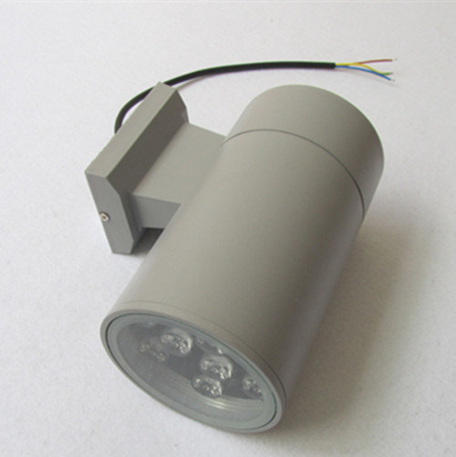Double Sied Outdoor LED Wall Light with 3 Years Warranty pictures & photos