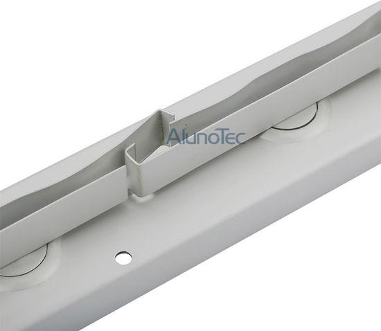 China Sf-400 Aluminium Shutter Window Frames with 5/6mm Glass blade ...