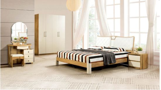 Classic Bedroom Suit Beech Wood Furniture Set