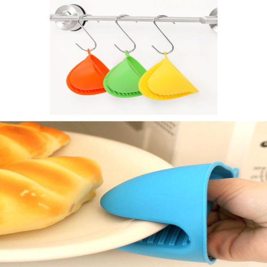 Kitchenware Cooking Tool Silicone Mit Glove with Anti-Aging