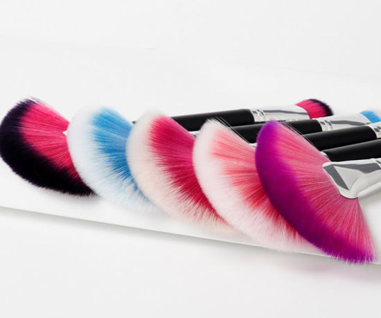 New Design Fashion Own Brand Single Rainbow Color Cosmetic Brush Fan Double Ended Makeup Brush pictures & photos